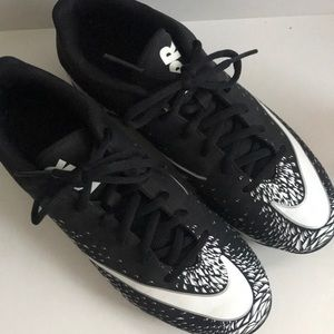 Nike Fast Flex Cleats Sz 6Y